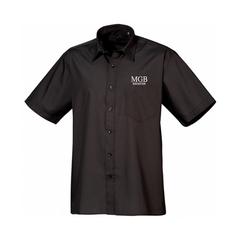 Formal shirt with left breast mitred pocket, stiffened formal cut collar. Embroidered logo above breast pocket.